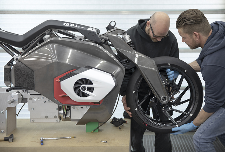 BMW Motorrad Vision DC Roadster | Electric Motorcycles News
