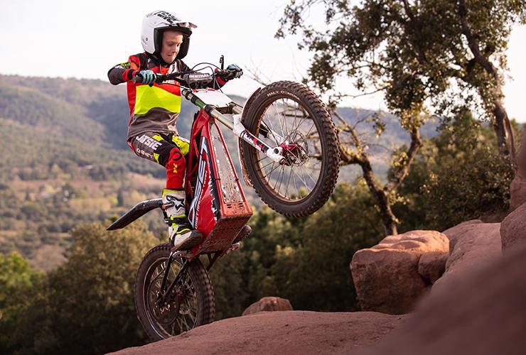 Oset Bikes |Elliot Smith |Electric Motorcycles News