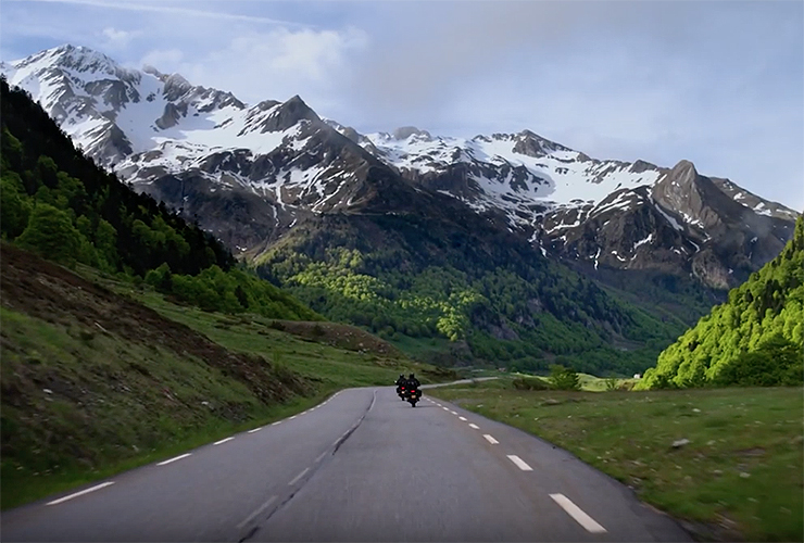 The Turner Twins |Zero Motorcycles |Black Forest | Electric Motorcycles News