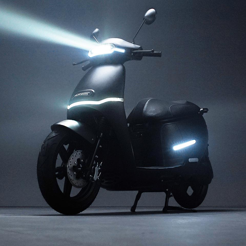HORWIN Europe EK3 - THE PACK Electric Motorcycles News