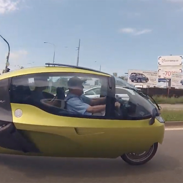 Monoracer 130E - Arnold Wagner - THE PACK - Electric Motorcycles News
