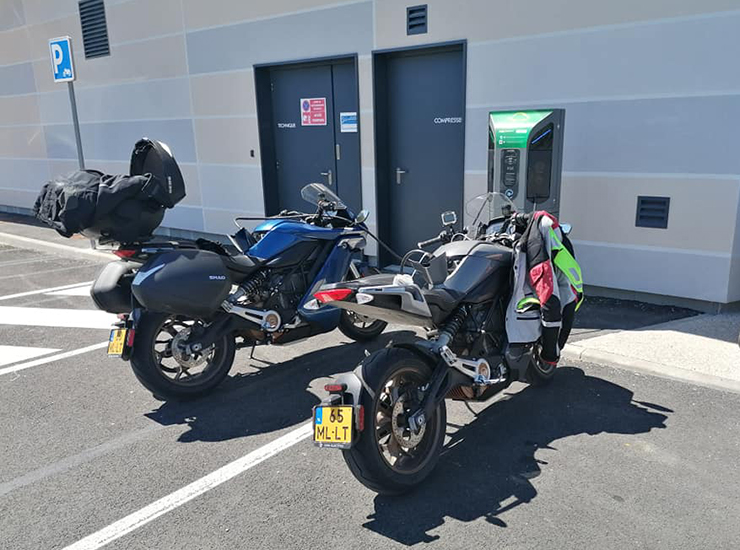 THE PACK 2000 km roadtrip - Electric Motorcycles News