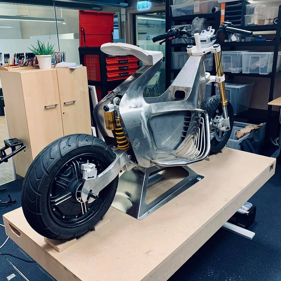 STILRIDE - Electric Scooter by industrial origami - THE PACK - Electric Motorcycles News
