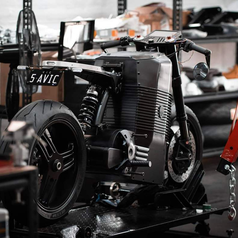 Savic Motorcycles - Dennis Savic - THE PACK - Electric Motorcycles News