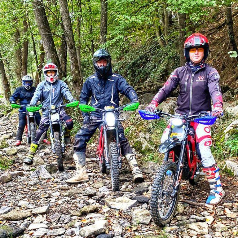Sur-Ron-center | Endurofun België | THE PACK | Electric Motorcycles News