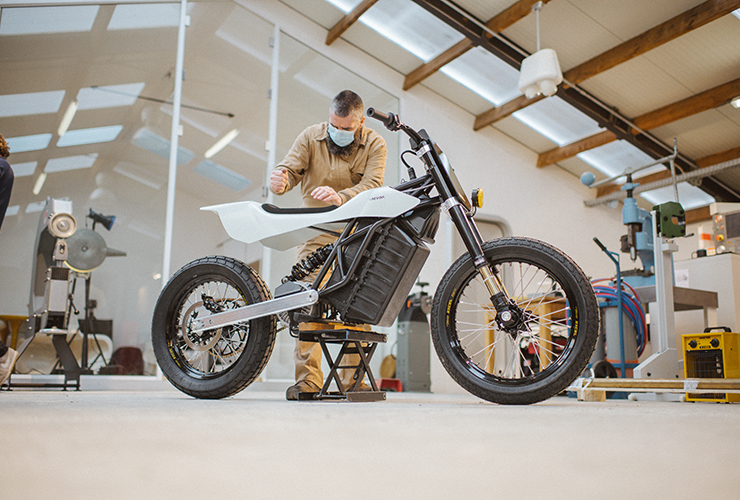 Trevor Motorcycles DTRe STELLA - THE PACK - Electric Motorcycles News