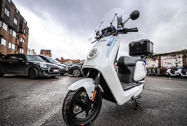 Niu Flagshipstore Antwerpen - Brussels Police - THE PACK - Electric Motorcycles News