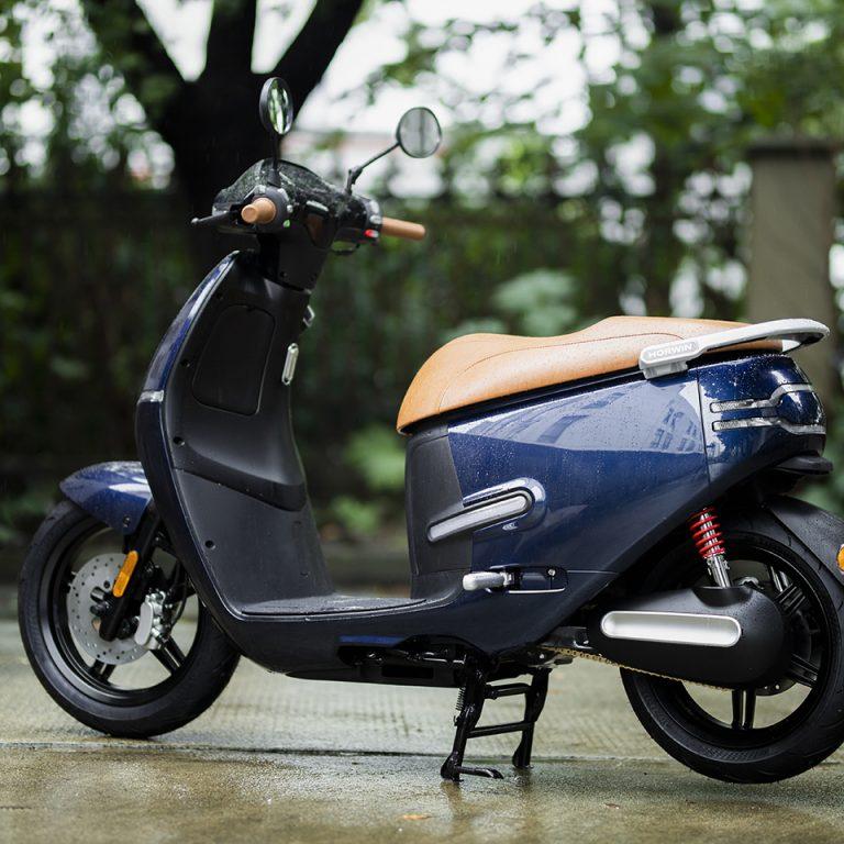 Horwin EK3 - THE PACK - Electric Motorcycles News