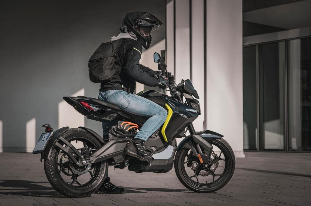 Voge ER 10 - THE PACK - Electric Motorcycles News