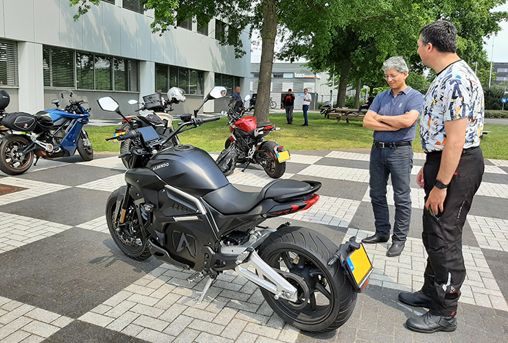 Alrendo Motorcycles Test Days - E-center - THE PACK - Electric Motorcycles News