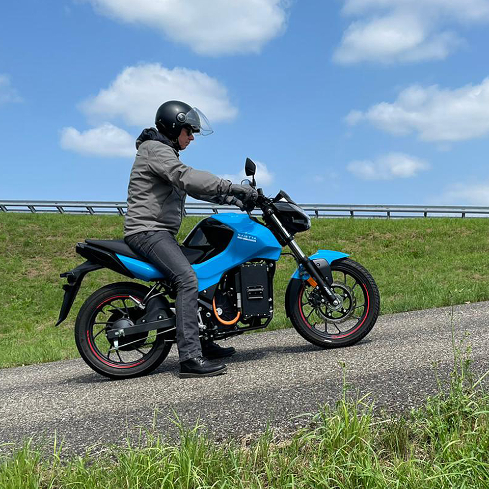 Saietta Group test Axial Flux Motor - THE PACK - Electric Motorcycles News