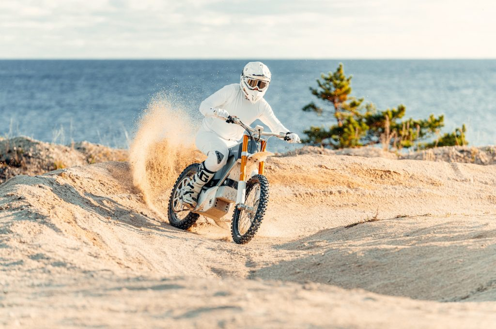 CAKE World's - THE PACK - Electric Motorcycles News