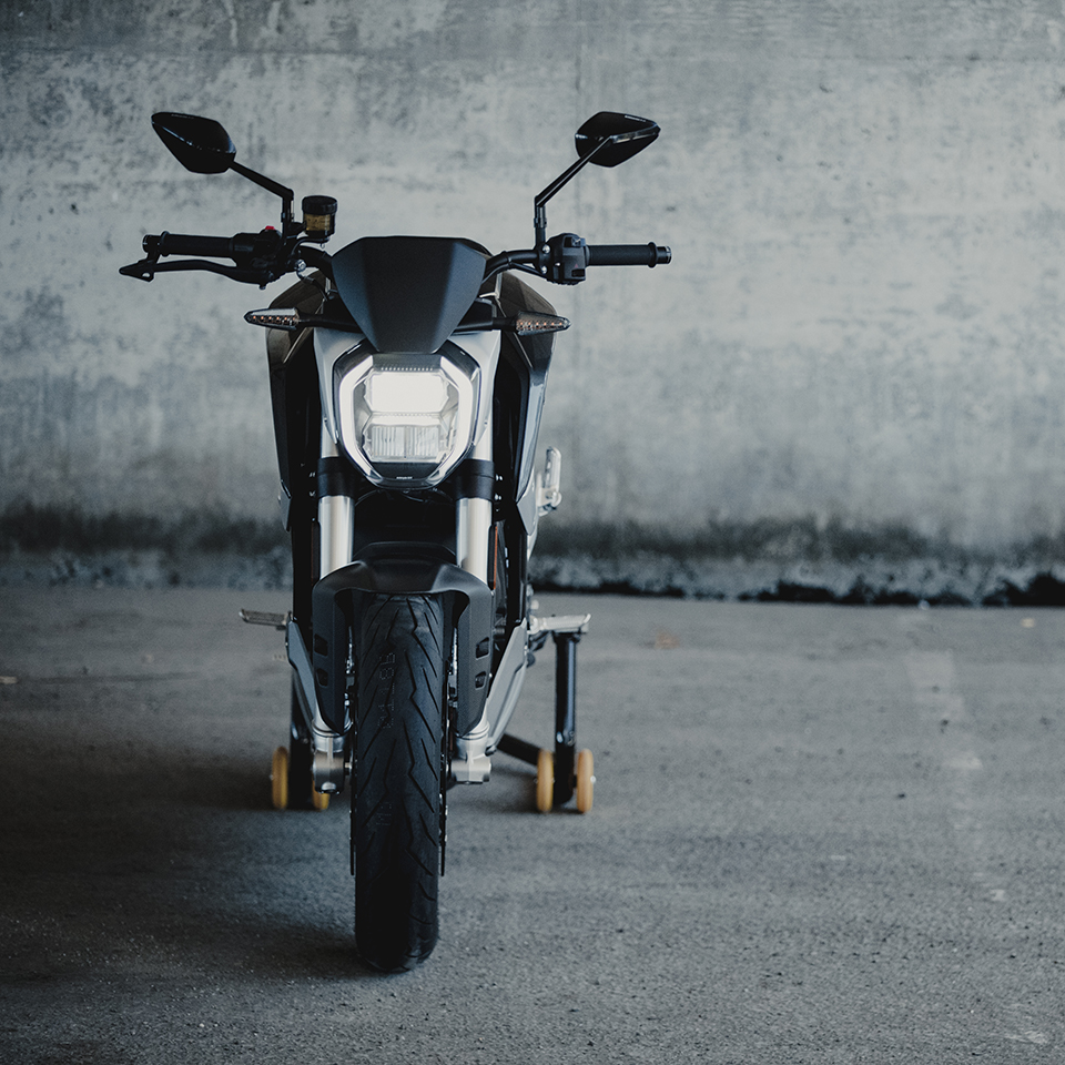 Quickstrike Package for the SR/F - THE PACK - Electric Motorcycle News